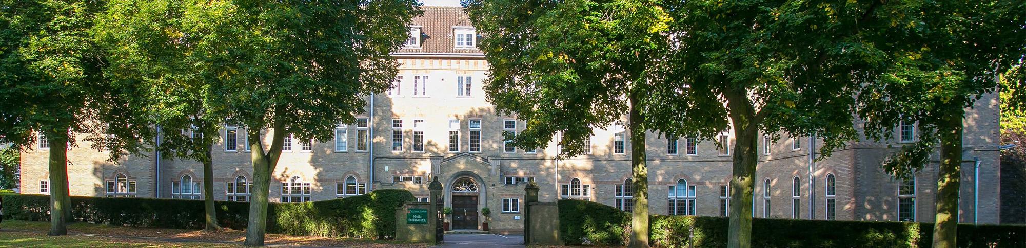 UK-Boarding-Schools-St-Francis-College-Header